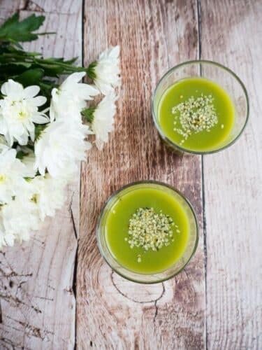 Grøn smoothie - Opskrift på antiinflammatorisk greenie med 3 ingredienser