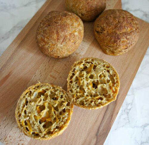 Gulerodsboller - opskrift på saftige, glutenfri og sunde boller med gulerod