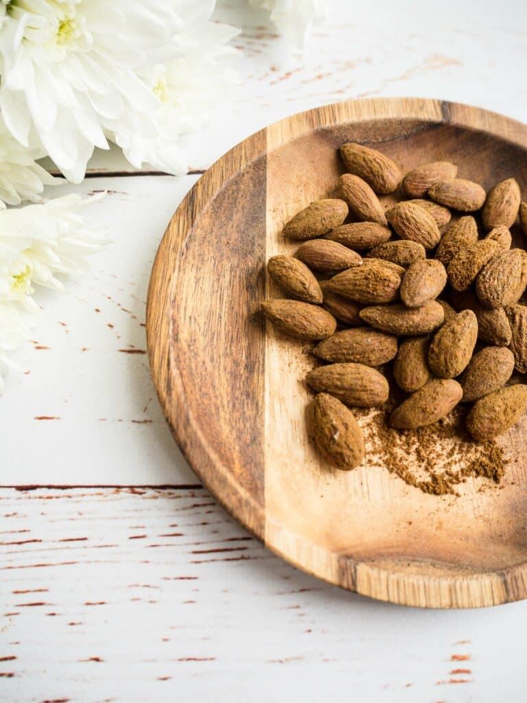 Lakridsmandler - Opskrift på ristede og sunde mandler med lakrids