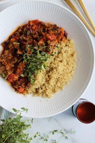 Paprikagryde med quinoa - Opskrift på lækker gryderet med paprika