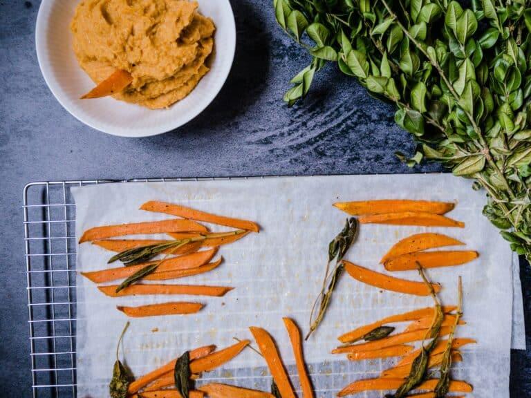 Søde kartofler i ovn - Opskrift på ovnbagte søde kartofler fritter