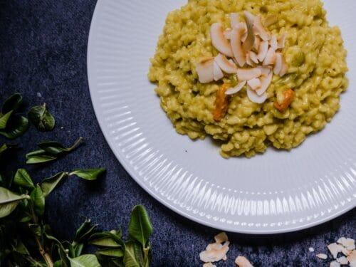 Karryrisotto - Opskrift på cremet og vegansk risotto med karry