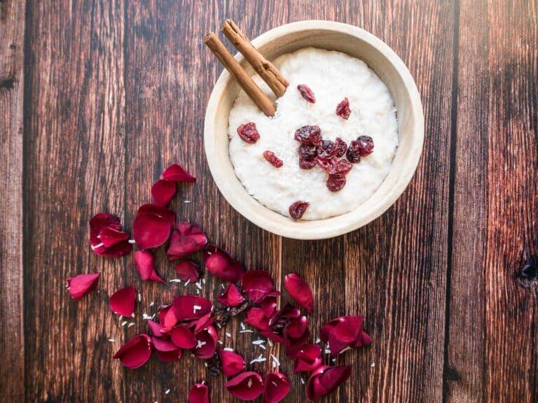 Vegansk risalamande - Opskrift på sund risalamande med tranebær