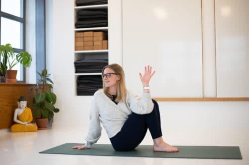 Online yin yoga - Gratis yin yoga med Cathrine Koefoed (15 minutter)